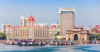 Taj Mahal Hotel and Gateway of India © saiko3p/GettyImages