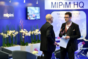 MIPIM 2017 - ATMOSPHERE - EXHIBITION AREA - INSIDE VIEW MIPIM 2018 Top 10